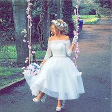 Летнее кружевное короткое свадебное платье с рукавом 3/4 вырезом