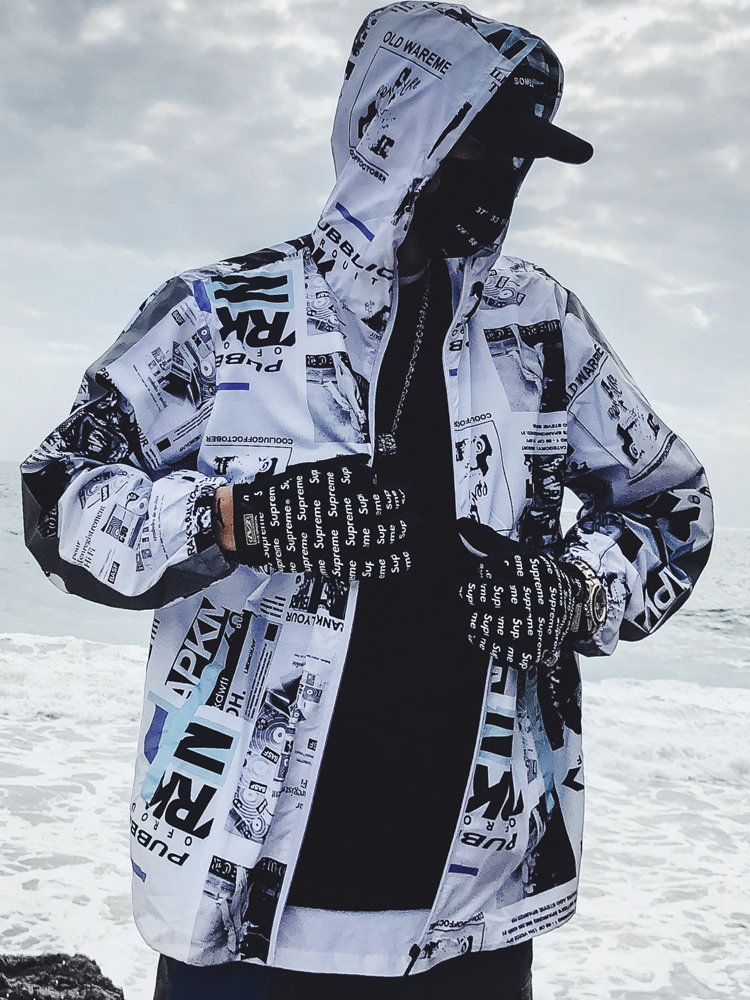 Summer Sunscreen Streetwear Mens Jacket Printed Zipper Casual Male Vintage Jacket Men Hood Windbreaker Hip Hop Rave Clothes 5J83