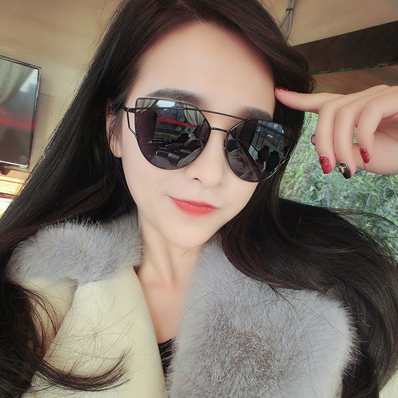 2017 New Fashion Cat Eye Sunglasses Women Brand Designer Fashion Plastic font b Frame b font