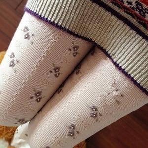 Image 2 - Primavera outono mori menina feminino elástico algodão lolita meias pequeno jacquard arco rústico macacão macio elástico elegante meias d105