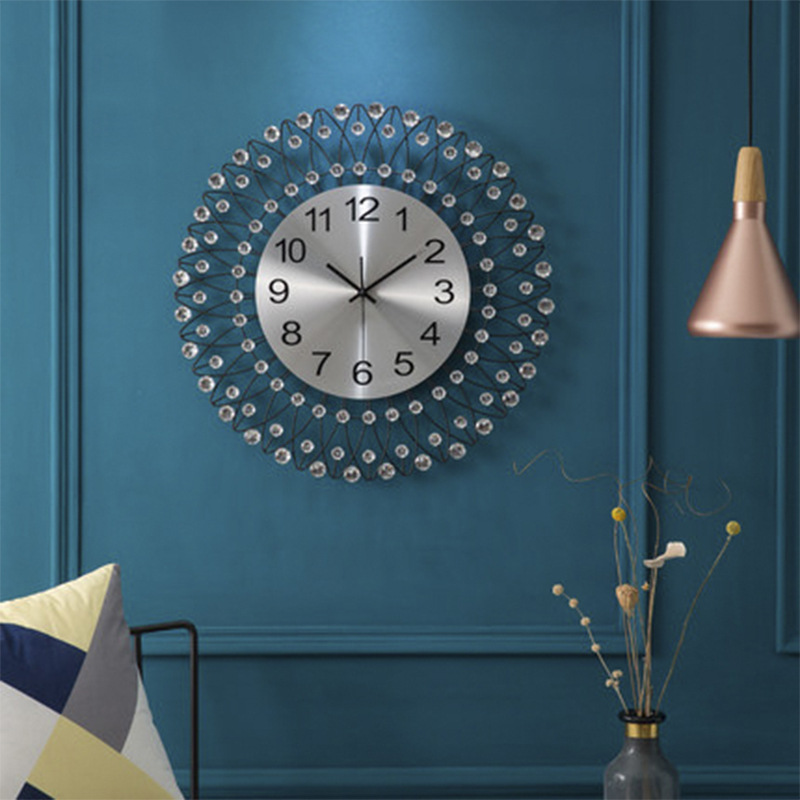 European Creative Simple Wrought Iron 3D Diamond Wall Clock Mute Living Room Clock Modern Home Fashion Decorative Quartz Clock