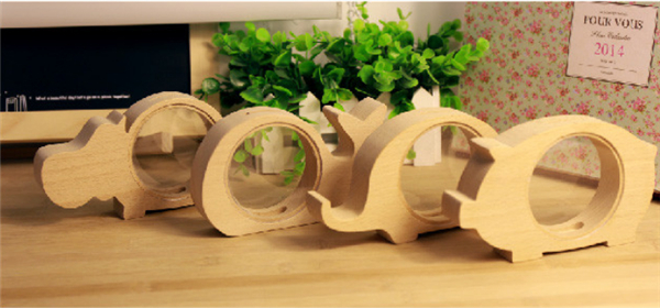 Wooden Animal Shapes Piggy Bank Creative Cartoon and Durable