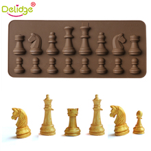 Delidge 1pc Chess Silicone Chocolate Mold Chess Pieces DIY Ice Fondant Jelly Mold Cake Decorating Soap Mold Kitchen Cooking Tool 1pc random color honey comb bees mold beeswax silicone pan cake mould ice jelly chocolate mold diy cake decoration ok 0975