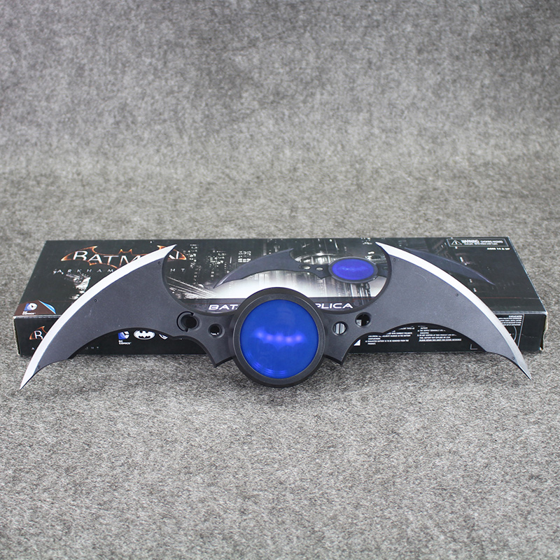 40cm Led Light NECA Superman Batman Arkham Knight Batarang Replica Darts Action Figure Model Toy neca dc comics batman arkham knight batarang replica action figure with light collectible model toy