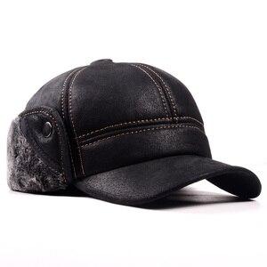 Image 3 - RY9100 남성 겨울 정품 Leahter 스웨이드 폭탄 모자 남자 Nubuck 두꺼운 머리 따뜻한 돔 모자 엘더 블랙/브라운 바느질 장착 Gorras