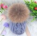 Outono e inverno das mulheres engrossar térmica Torcida chapéu feito malha super grande bola de pele de guaxinim chapéu de pele de malha Skullies Gorros