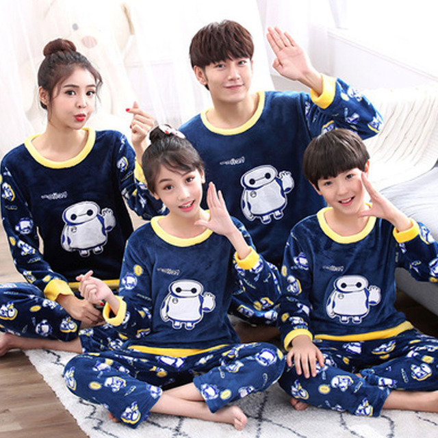 a2650f31f6 Family Christmas Pajamas Mama Bear Ear Family Clothing Best Friends Father  Son Mother Baby Daughter Clothes New Years Costume