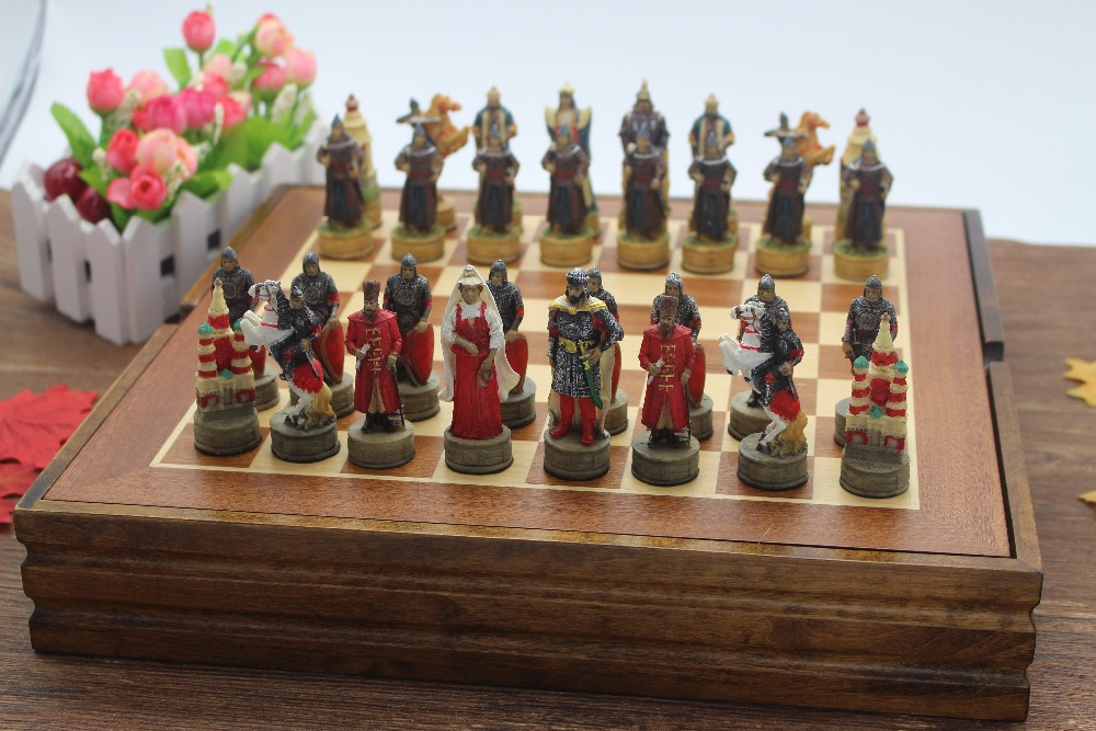 Russia And Mongolia Figues Series Chess Set Resin Characters Dolls Chess Set Classic Cartoon Chess Set Free Shipping