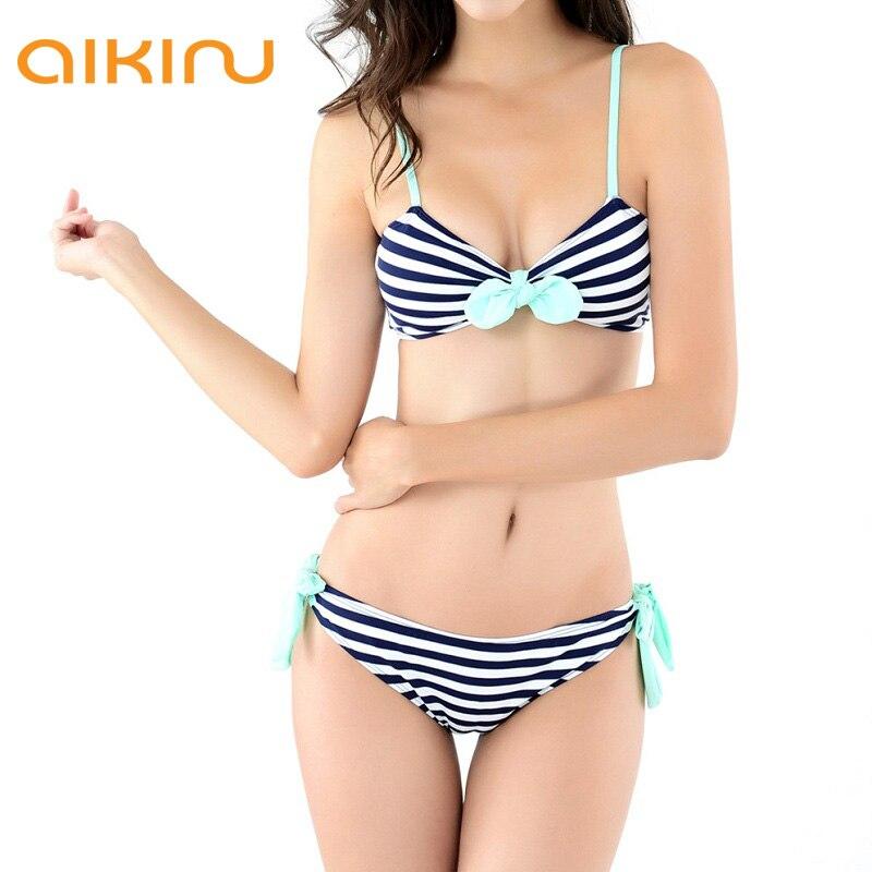 Фото девок в купальниках крупным планом18