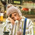 2016 Новая Мода Большие Шары Ухо Теплые Шапки Вязанные Шапки Зимние шляпа Для Женщин Дамы Взрослых Случайный Мяч Pom pom Череп Шапочки ZM28