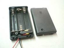 3 Section 7 Battery Compartment with Cover Switch Batteries Pack