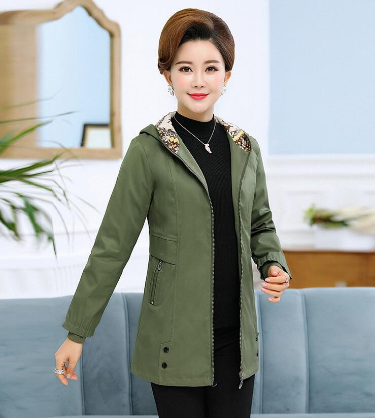 2018 Fashion Middle Aged Hooded jacket coat female Elegant Spring Autumn Casual Windbreaker Coats Mother casaco