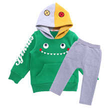 2015 новости солнечные мальчики мода мультфильм толстовки + harempants 2 пакетов костюмы дети одежда наборы размер 1-4 лет