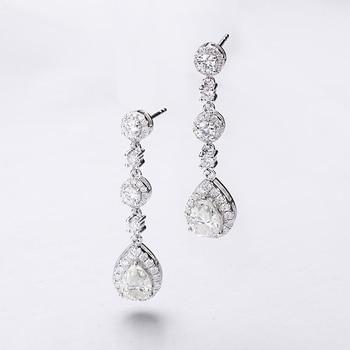 Classic Engagement Party Jewelry 18k White Gold Pear Shape Moissanite Diamond Wedding Long Dangle Earring for Women 2