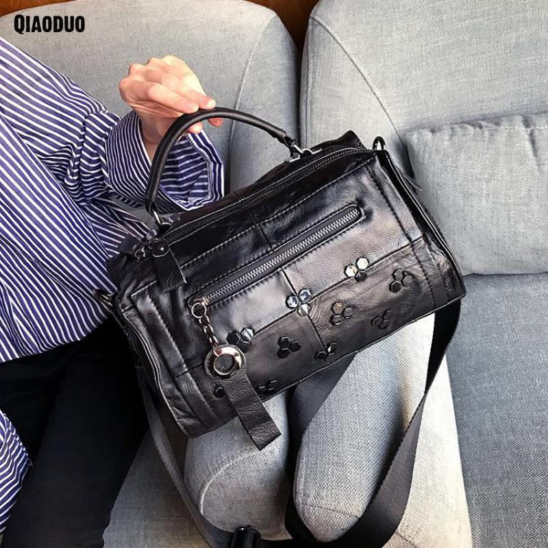 Tote Bags For Women 2018 Genuine Leather Handbag Leather Messenger Crossbody Lady Shoulder Bag Black Rivet Bolsa Feminina Sac genuine leather handbag 2018 new shengdilu brand intellectual beauty women shoulder messenger bag bolsa feminina free shipping