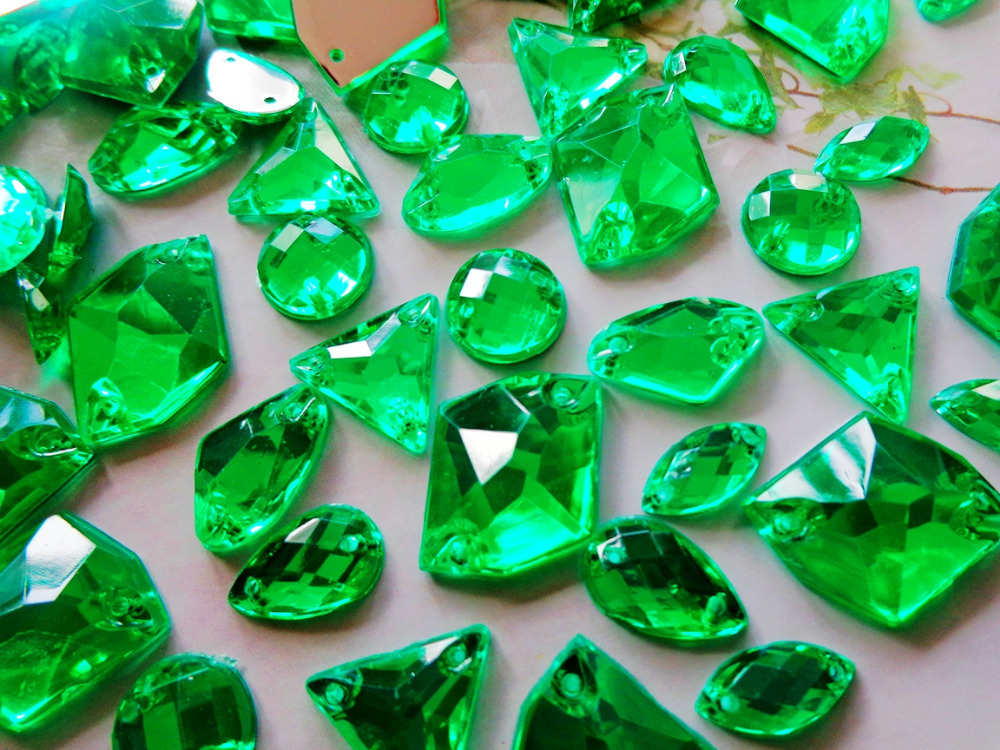 300pcs mixed shape size Green gem stones crystal sew on rhinestones Acryl loose  Beads hand sewing strass diamond ca74ad66ce0a