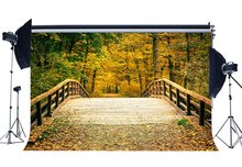 Telón de fondo de otoño bosque selva telón de fondo puente de madera desgastado hojas doradas naturaleza boda ceremonia fotografía fondo