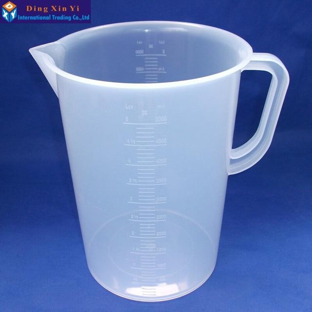 1 pz 5000 ml di misurazione di plastica lab becher con maniglia Trasparente di Plastica Bianca Tazza Di Misurazione Becher