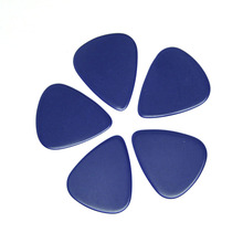 100pcs/lot Solid Blue 0.71mm Medium Celluloid Guitar Picks Plectrums for Acoustic Electric Bass