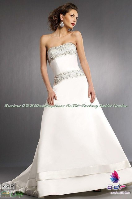 2012A+++New Design!!Rich Embroidered Bodice with Swravski Crystal Accent  in Duchess Satin Wedding Dress