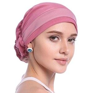 Image 5 - ファッション女性のエレガントなストレッチブロック色イスラム教徒ターバン化学がんキャップビーニー帽子ホットな新デザイン 10 色 2018
