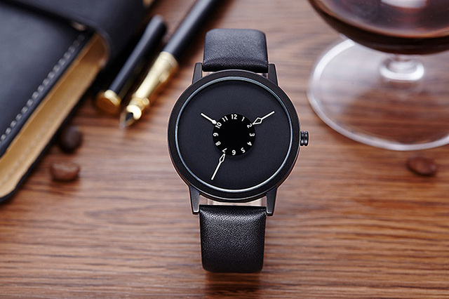 New Dial Design Unisex Watches Women Man Fashion PU Leather Casual Wristwatch Si