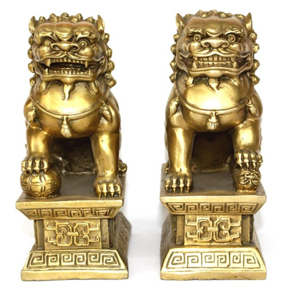 Chinese Brass Copper Statue Foo Dogs Lions Pair A Female Lion On The Talisman Of Evil.