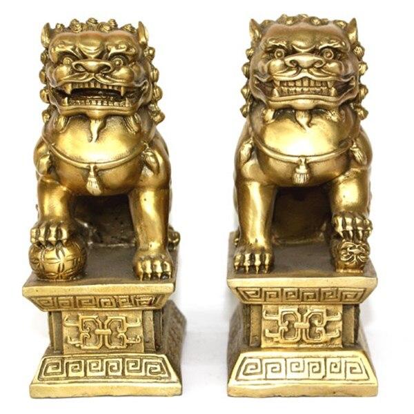 Estátua de cobre de bronze chinês foo cães leões par um leão fêmea no talismã do mal.