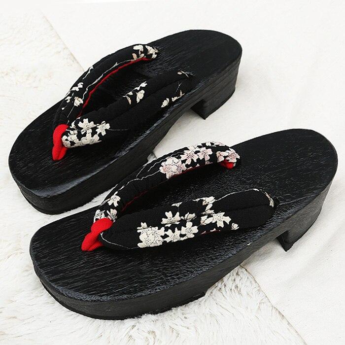 Catching Summer Flip Flops Woman Sandals Japanese Geta Candlenut Clogs Shoes Flat Heel Cosplay ...