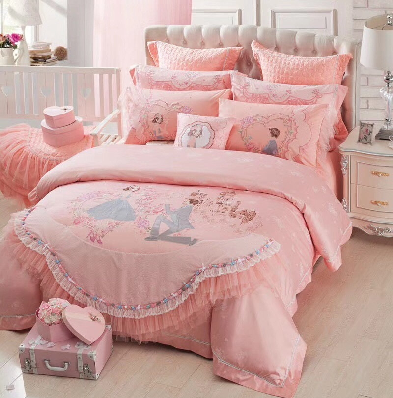 Romantic Pink Wedding Stereoscopic Embroidery Satin Jacquard Bedding Multi-Piece Sets Duvet Cover Bed Linen Bed sheet PillowcaseRomantic Pink Wedding Stereoscopic Embroidery Satin Jacquard Bedding Multi-Piece Sets Duvet Cover Bed Linen Bed sheet Pillowcase