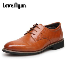 Herre ægte læder sko mænds kjole sko Business bryllup sko Oxfords blonder op Spidse tå lejligheder stor størrelse 38-45 AA-12