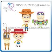 Ventas al por mayor 24 unids lote mezcla 2 modelos Mini qute kawaii Toy  Story Buzz Woody dibujos animados bloques juguete educat. 425c3e7b186