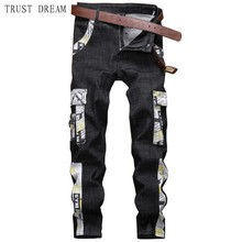 Spring Summer 2019 Fashion Man Straight Denim Cargo Pant Slim Men Black Floral Pockets Jeans Causal Patchwork Punk High Quality high quality spring white england straight hole patch mens jeans haren pant man denim trousers slim personalized european style