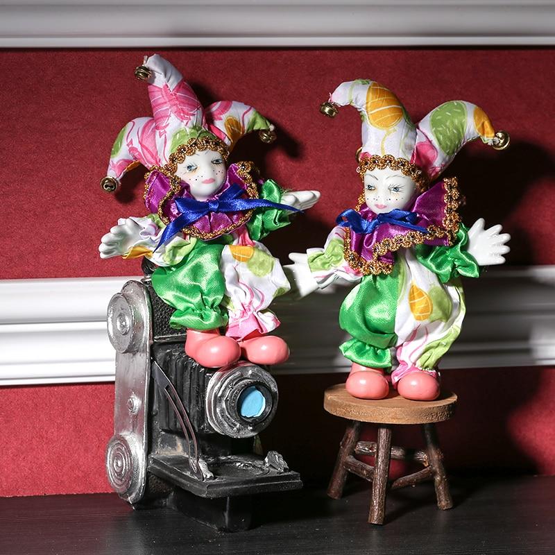 Majhna ročno izdelana keramična upogljiva Rusija klovna lutka figurica Cirkus Buffon kip božični dekor spominki obrtni okras ornament