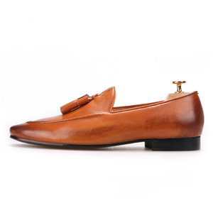 Image 2 - Piergitar Two colors men genuine leather shoes with leather tassel men handmade smoking slippers wedding and party men loafers