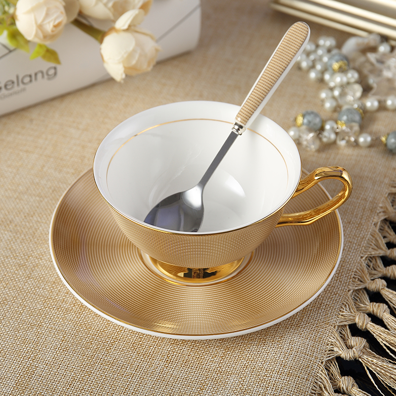 200MLFine Bone china coffee cups and saucers and spoon set tazas de cafe espresso tea cup Porcelain Teacup Afternoon tea party