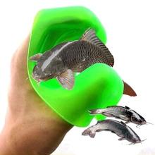 Здесь можно купить  2017 New Anti-Slip Catching fish glove Kitchen Gadgets Puncture Prevention Outdoor Fishing Tools Kitchen Accessories cocina
