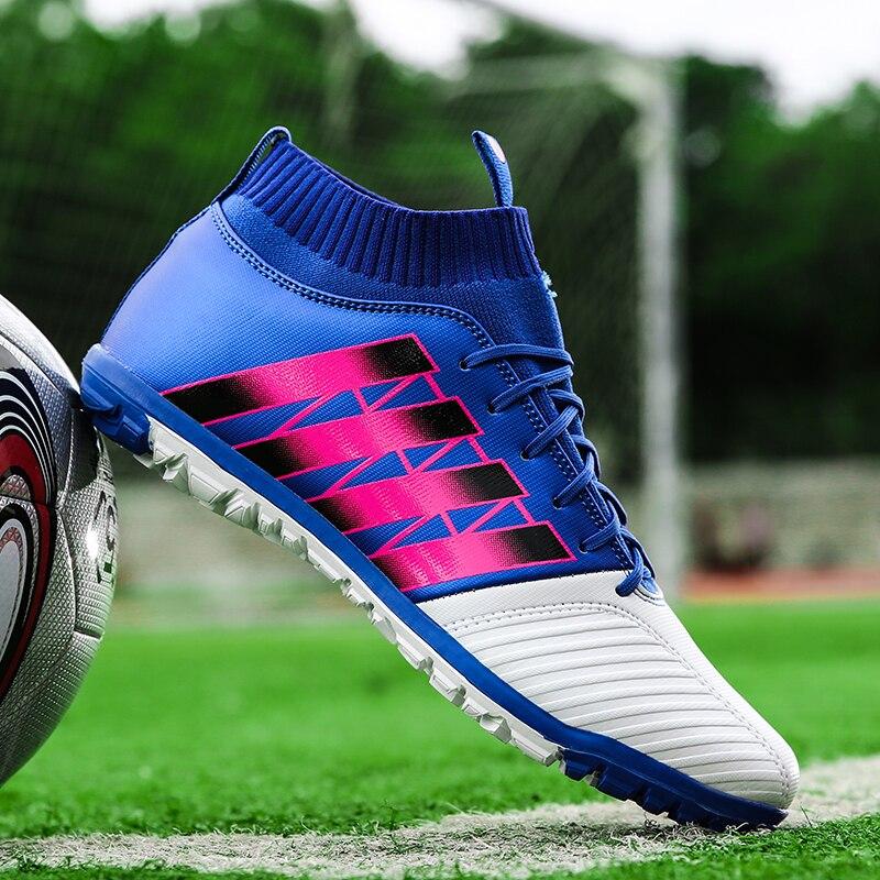 Sapatos de Futebol dos homens Chuteiras TF Botas De Futebol de Relva Futsal  Quadra Dura Meia 050fbd4cf228a