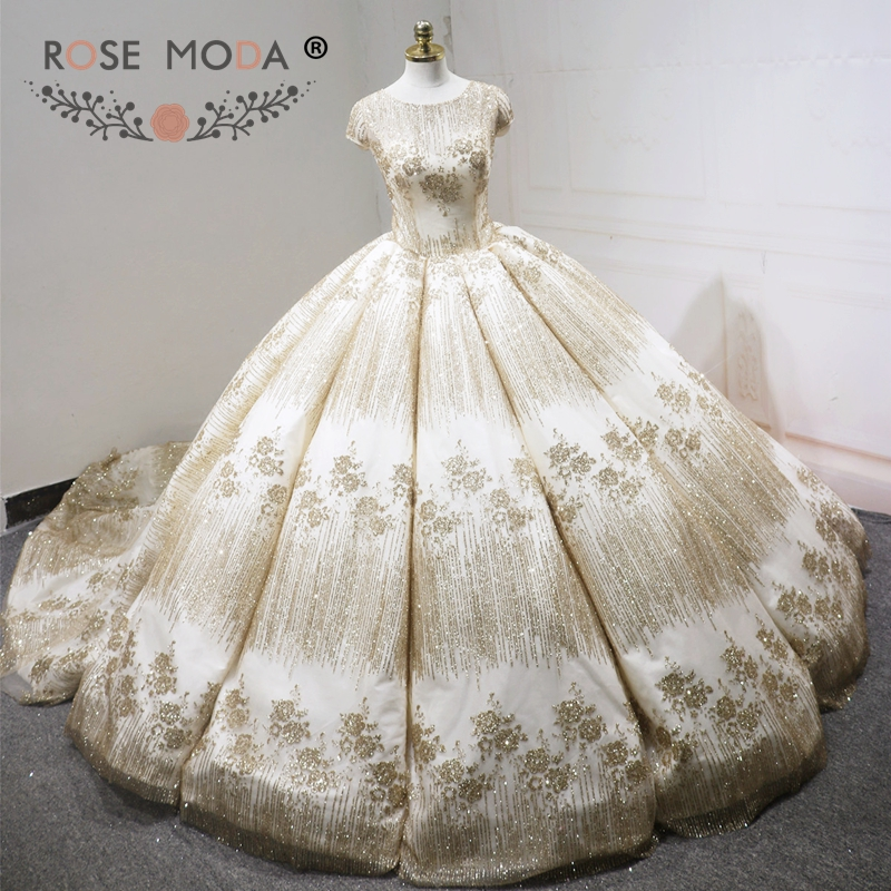 Rose Moda Luxury Short Sleeves Glitter Wedding Dress 2018 Champagne Muslim Ball Gown Arabic Wedding Gowns Long Train