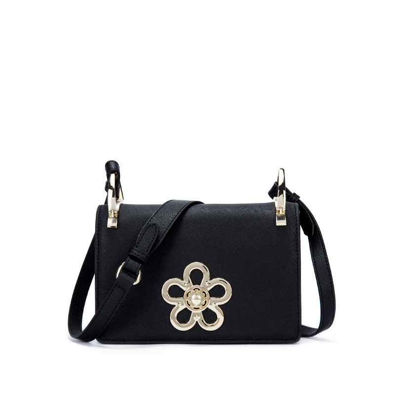 New 2017 Casual Classic Flap with Flower Cute Crossbody Bag Women Cowhide Split Leather Handbags For Female Messenger Bags an590 hot 2017 classic cute bow crossbody bag with studs women split leather handbags lady bag messenger bag for female an735