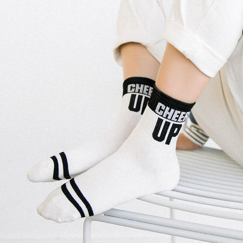 ff2c2d2707b9 Dreamlikelin LET IT GO Letter Socks Cotton Stripes Warm Crew Sock Casual  Women Men Preppy Style