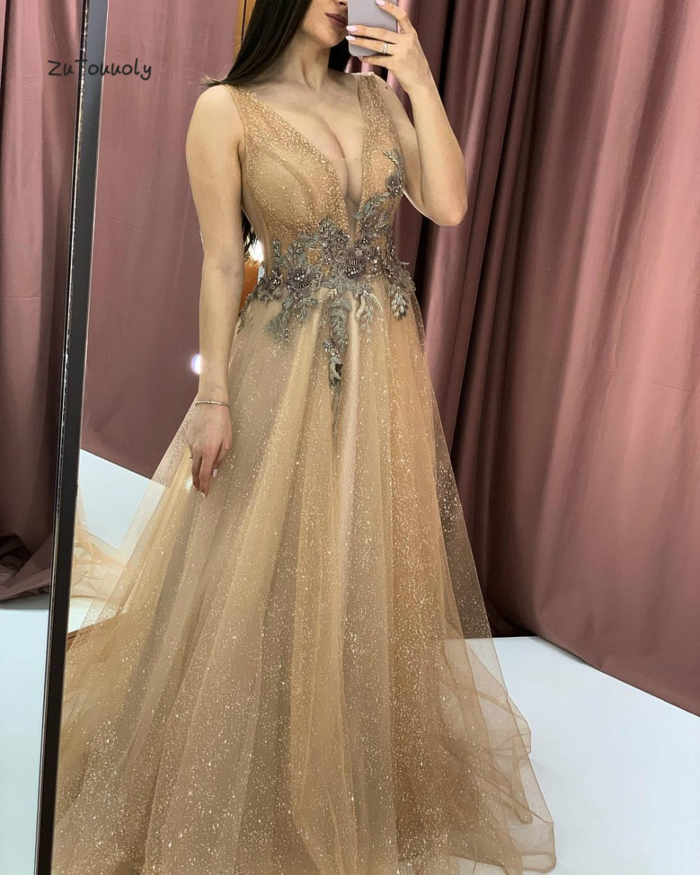 US $123.07 21% OFF|Fashion Gold Evening Dress Plus Size Deep V Neck Long  Evening Wear Appliques Prom Party Dresses For Chubby Chic Graduation  Dress-in ...