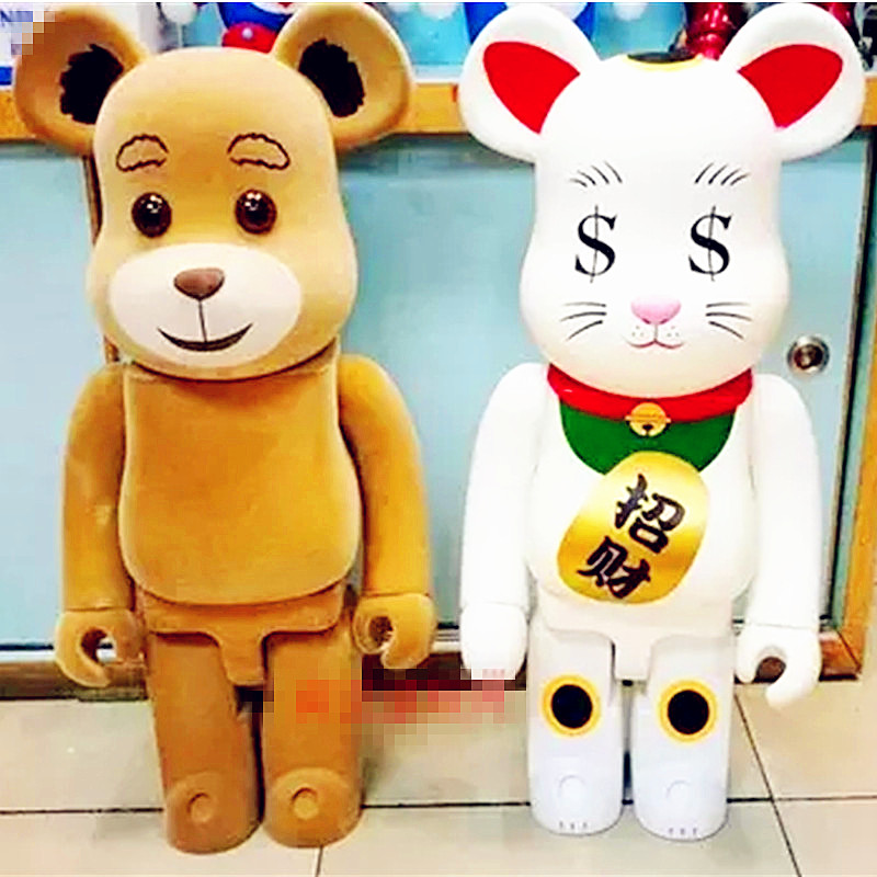 70CM 1000% Be@rBrick OriginalFake Brian Street Art Ted 2 Flocking Bear Maneki Neko Action Figure Model Medicom Toy S572 цена