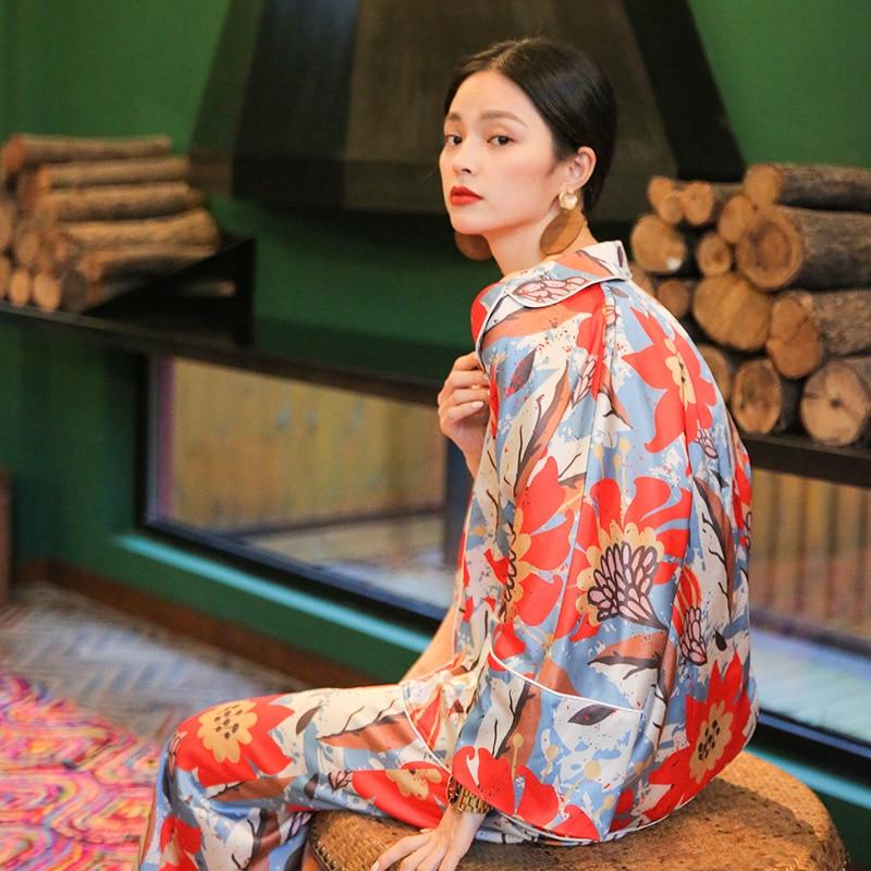 2019 Casual Pajamas Women Satin Sleepwear Spring Summer Long Sleeved  Loose Pajama Set Vintage Print Pajamas Ins Fashion