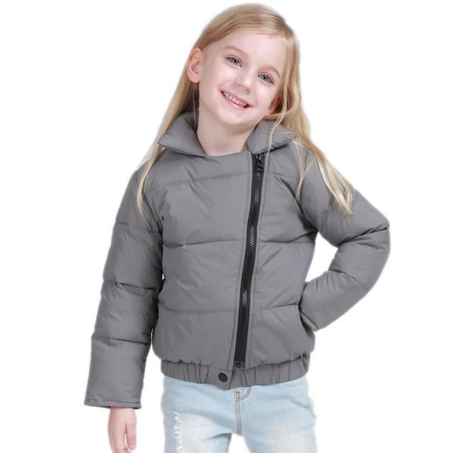 Niños Chaquetas de Invierno Para Niñas 2017 Nuevo Sólido Down Jacket para La Muchacha Gira el Collar Abajo Oblicua Cremallera de Pato Blanco Abajo chaquetas