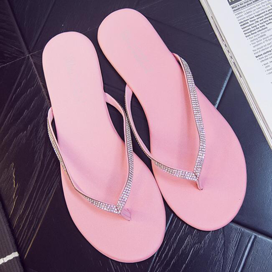 2017 fashion summer women's flip flops flat with non-slip soft outdoor slippers