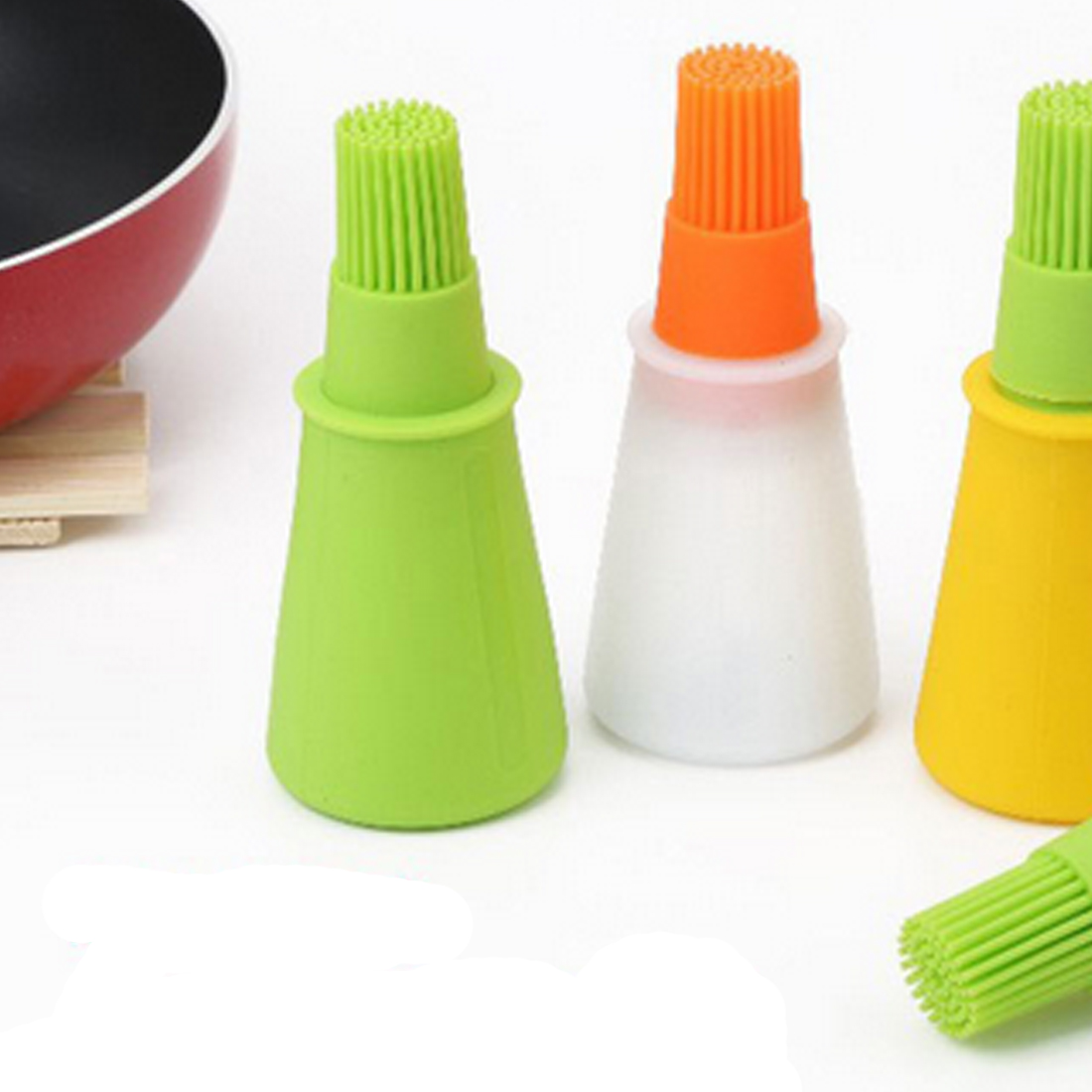 1 unid Grill Oil Bottle Brushes Tool Resistente al calor Silicona BBQ Basting Oil Brush Barbecue Cooking Pastelería Oil Brushes Color al azar