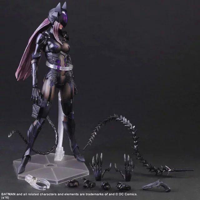 SAINTGI Final Fantasy New Play arts Kai  DC batman Catwoman 25cm Pvc Action Game Collectible Model Plastic Toys For Kid Adult