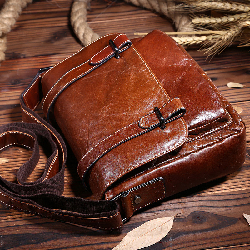 Vintage First layer Oil wax Cow leather men messenger bags Fashion shoulder crossbody bags Casual genuine leather Bag 2016 new fashion men s messenger bags 100% genuine leather shoulder bags famous brand first layer cowhide crossbody bags