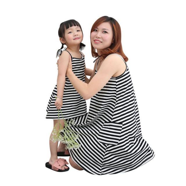 8c5b6b46f340 Mother Daughter Dresses Fashion Sleeveless Striped Family Look Clothing  Matching Clothes Cotton Mom And Daughter Dress